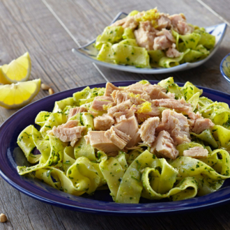 Tuna Over Pappardelle With Roasted Garlic Pesto Sm